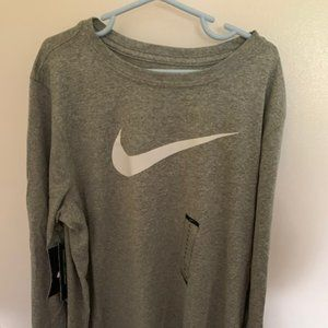 NWT Boys XL Nike Dri-Fit Long Sleeve Tee